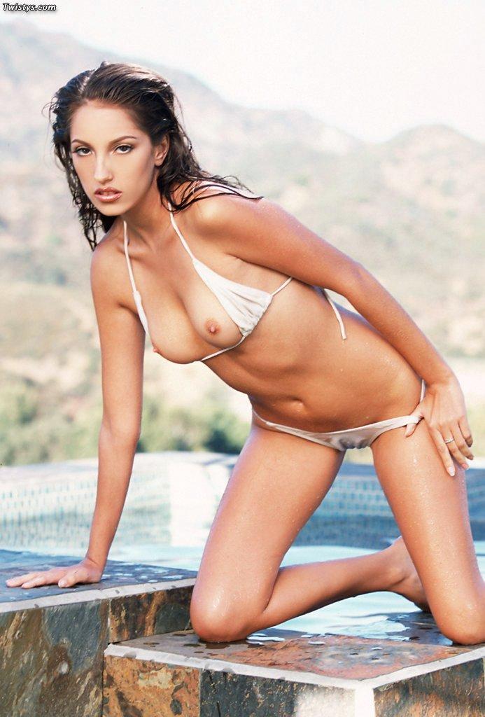 bikini Free beautiful