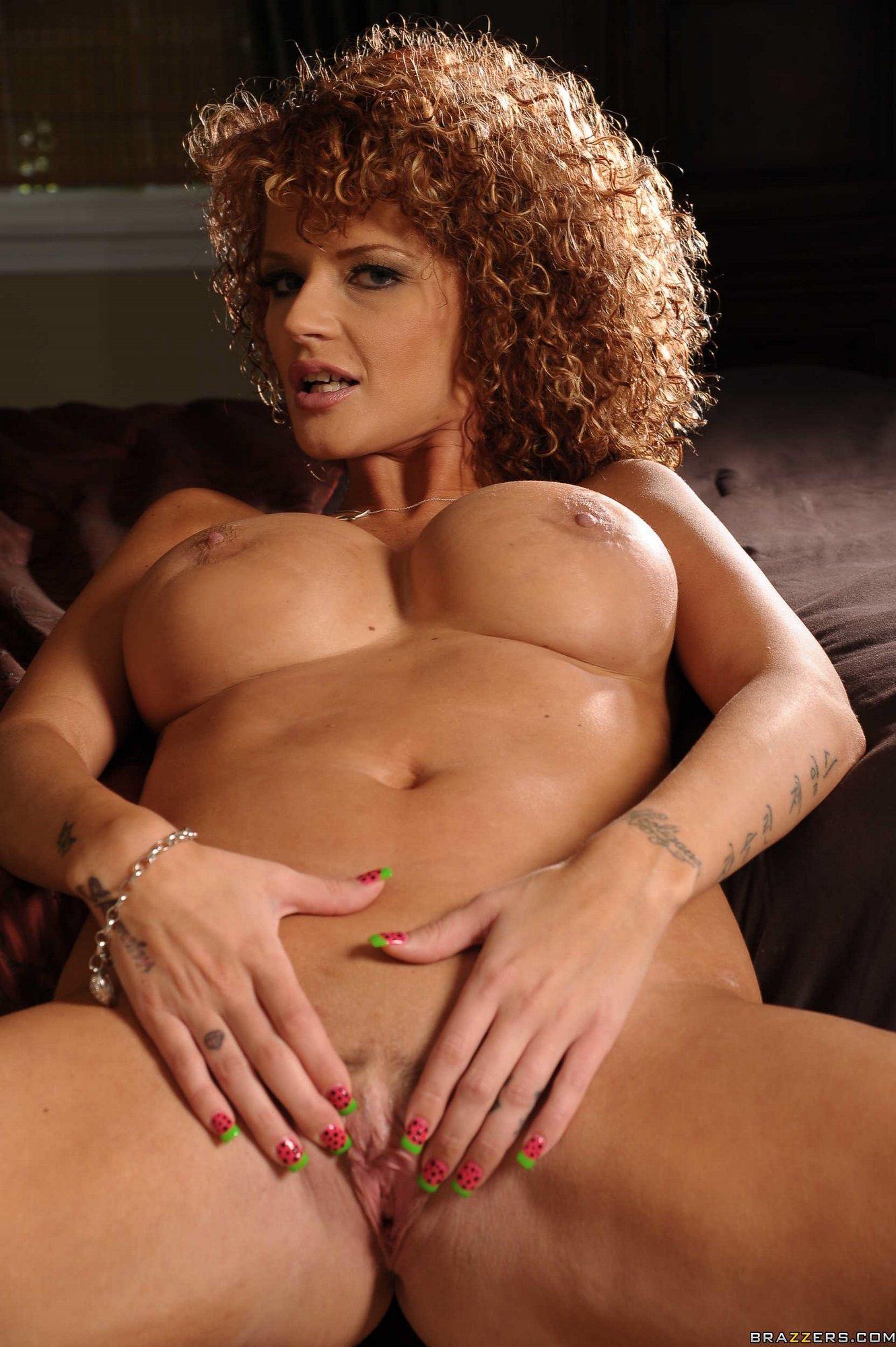 Joslyn James Posing In Sexy Underwear And Pink High Heels -2502