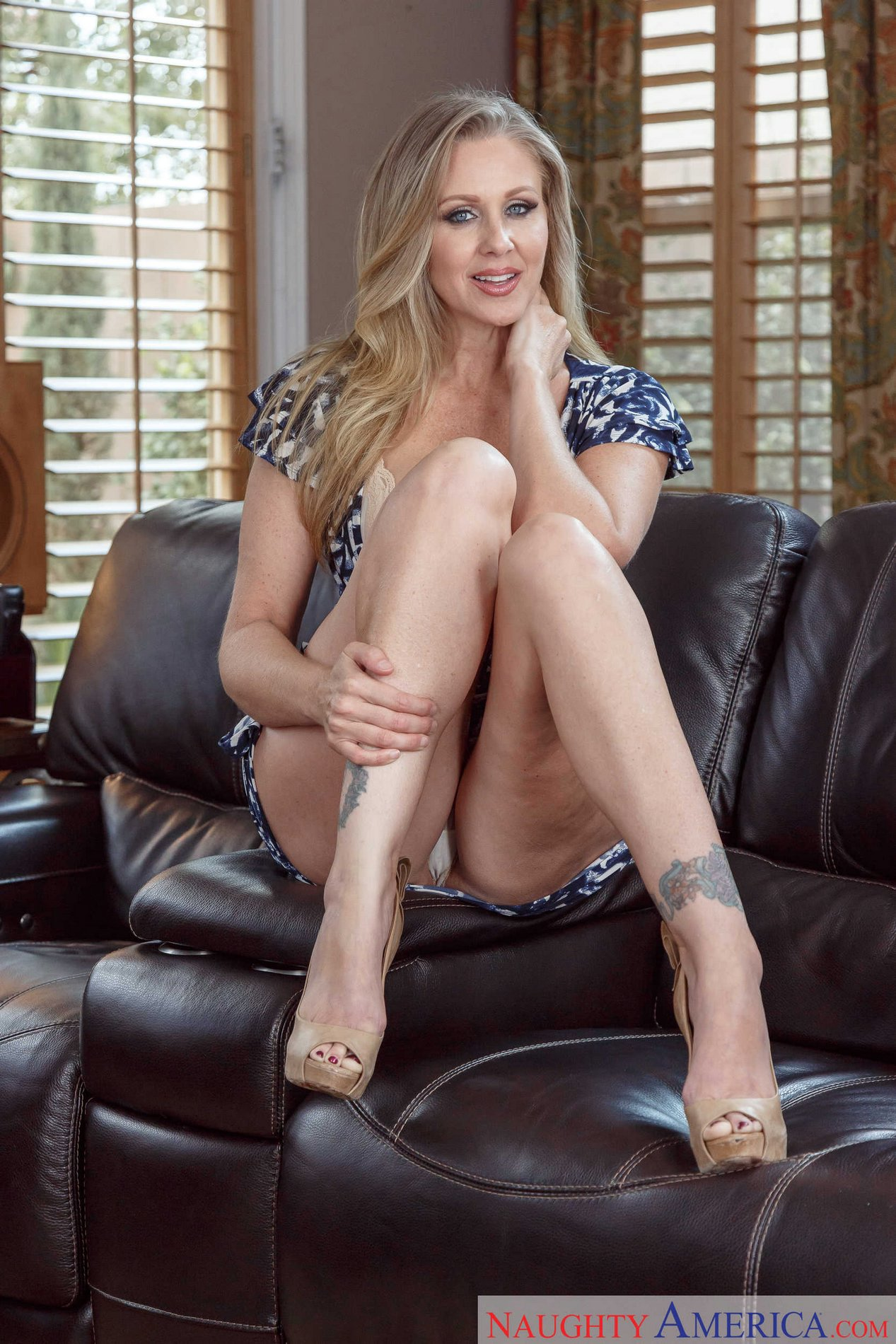 Julia Ann In Beautiful Dress And Sexy Heels Strips For -9096