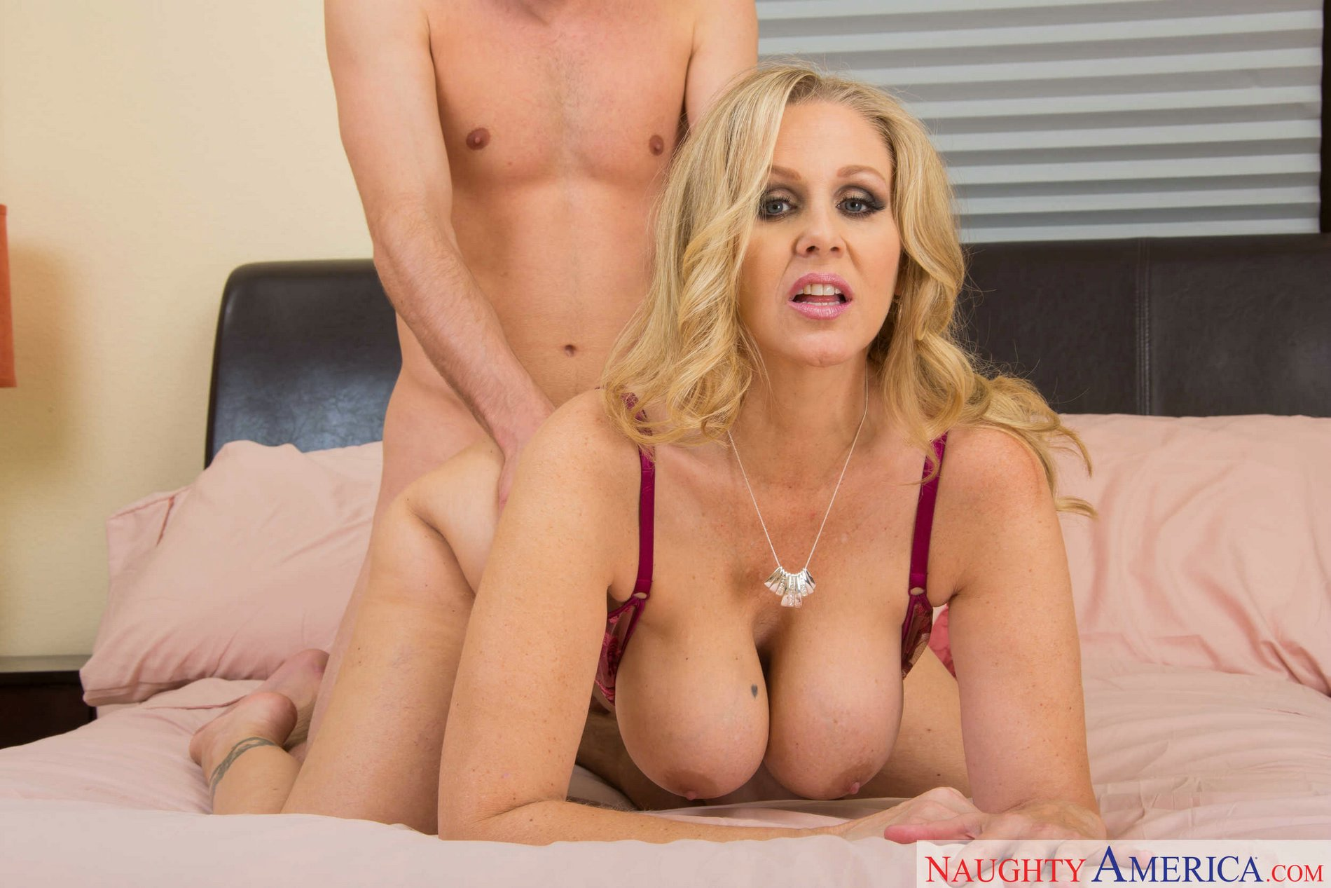 Blonde mom best porn pics