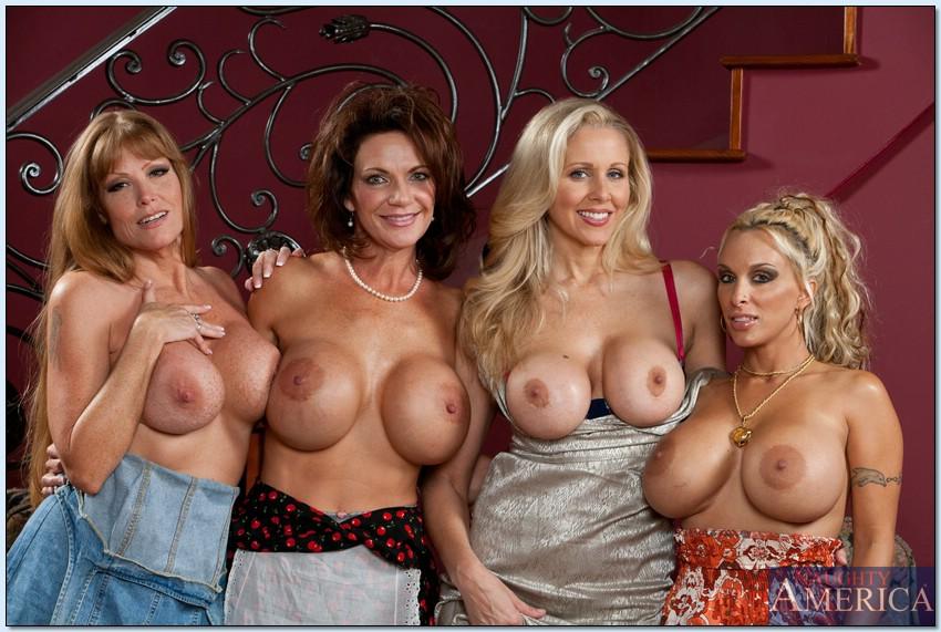 Фото красивые голые мамаши