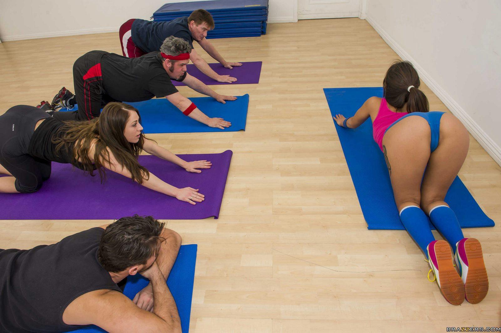 Cute Yoga Instructor Jynx Maze Getting Her Ass Rammed - My -7472