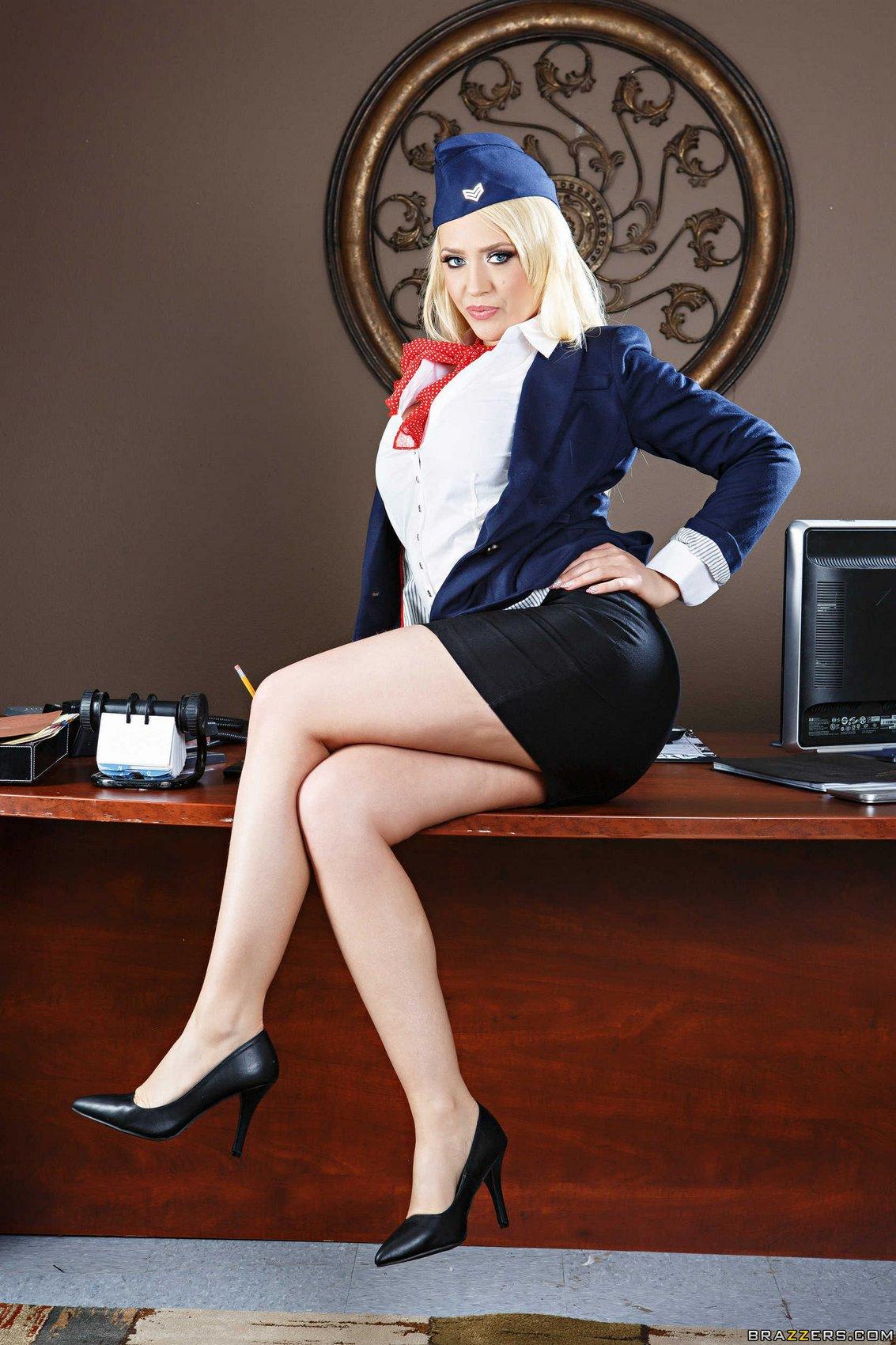 Hot flight attendant Kagney Linn Karter stripping in the ...