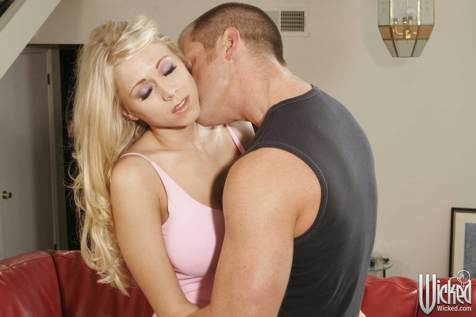 image Cute blonde katia fucked in the ass ros
