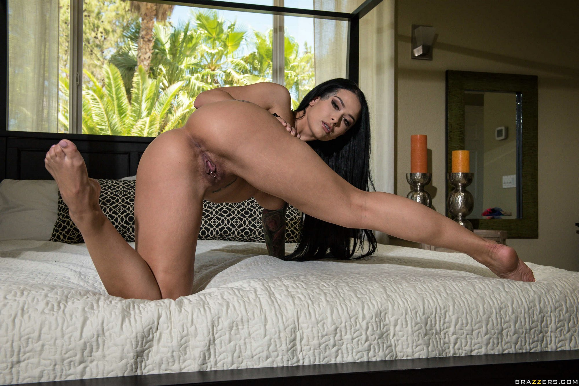 Katrina Jade Loves Teasing With Hot Nude Body On Bed - My -4181