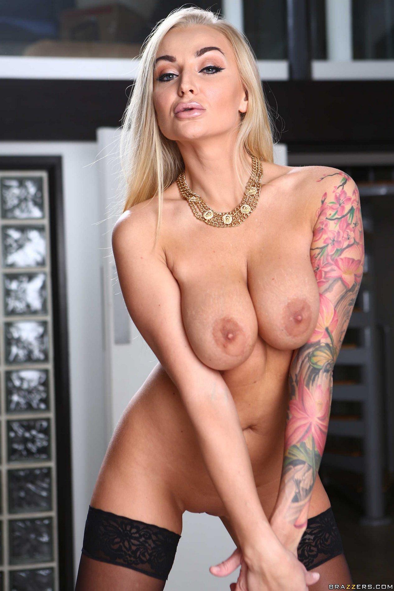 Kayla Kleavage  Mad Max Parody Free Porn ab xHamster