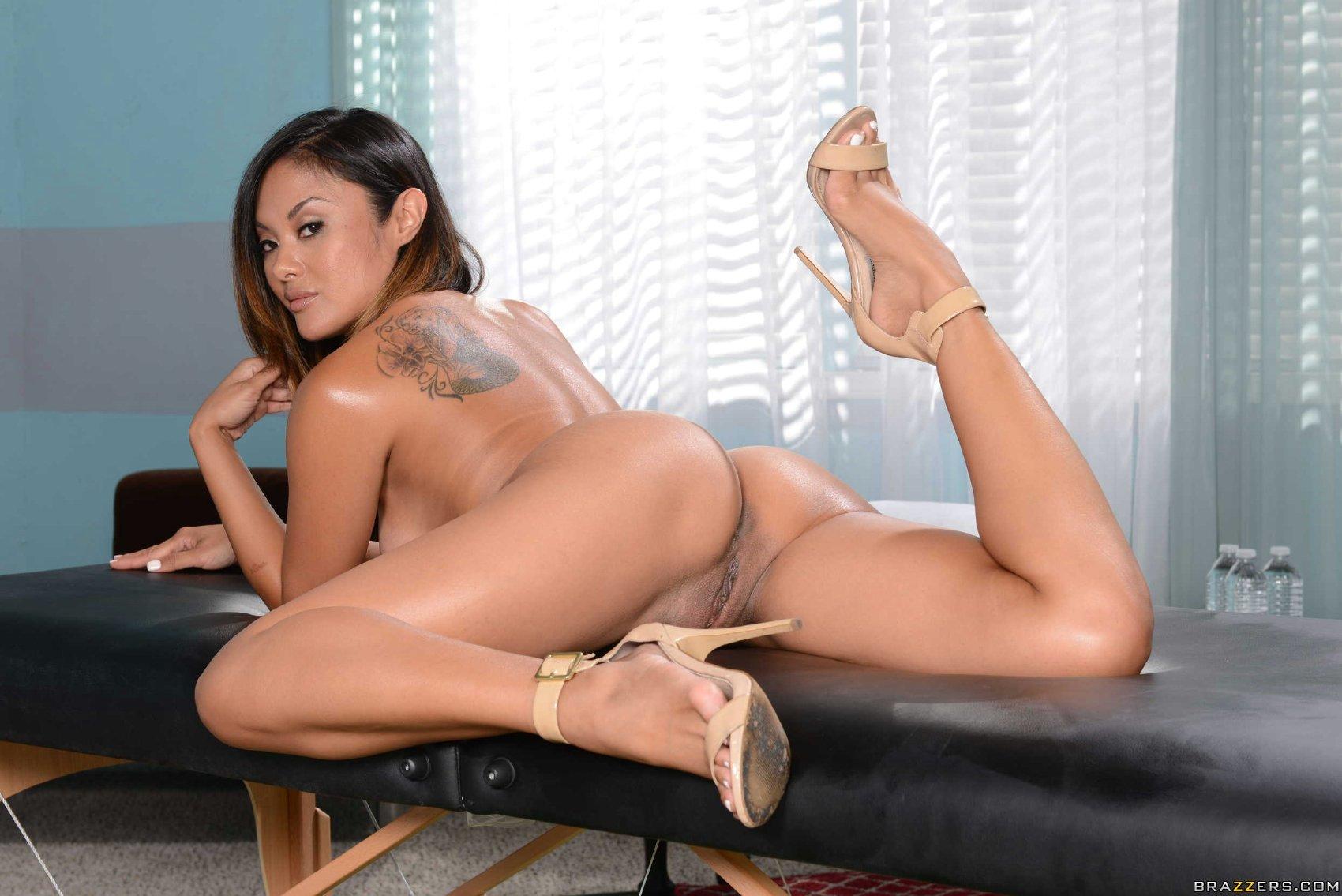 Kaylani lei's porn galery pics