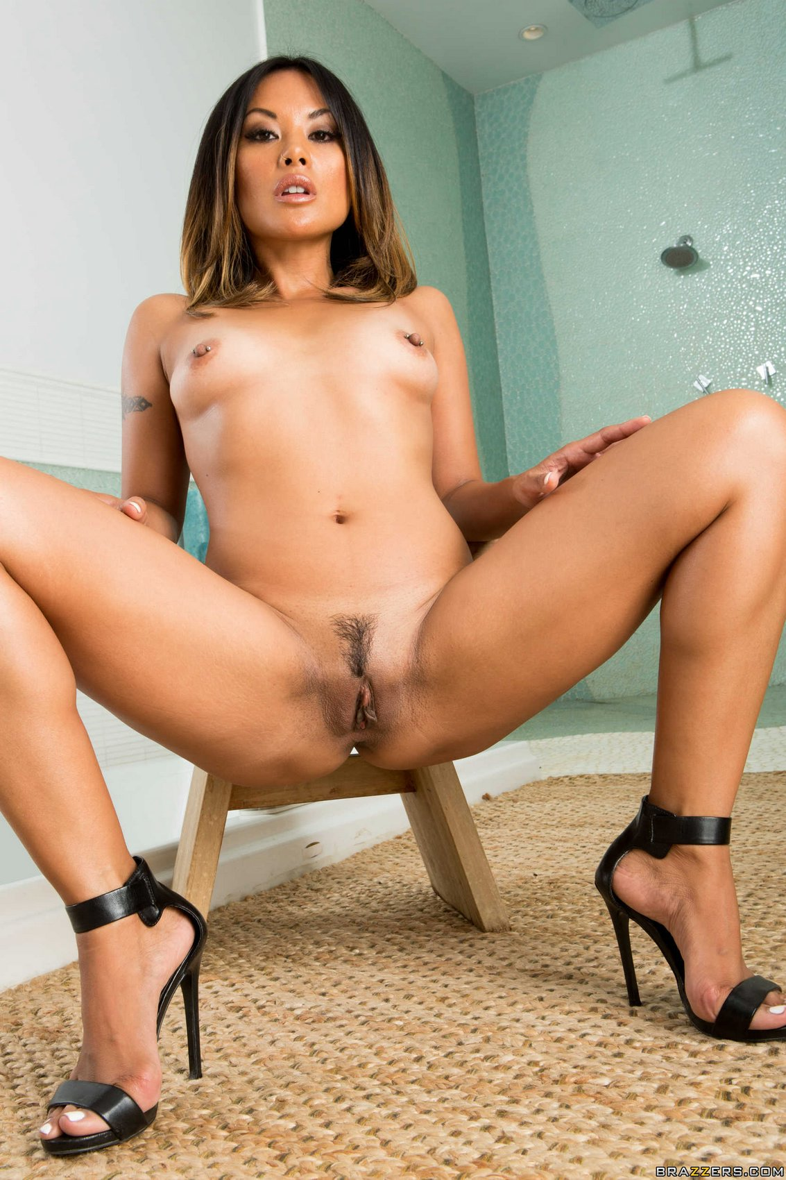 Teen pussy riding dick pictures