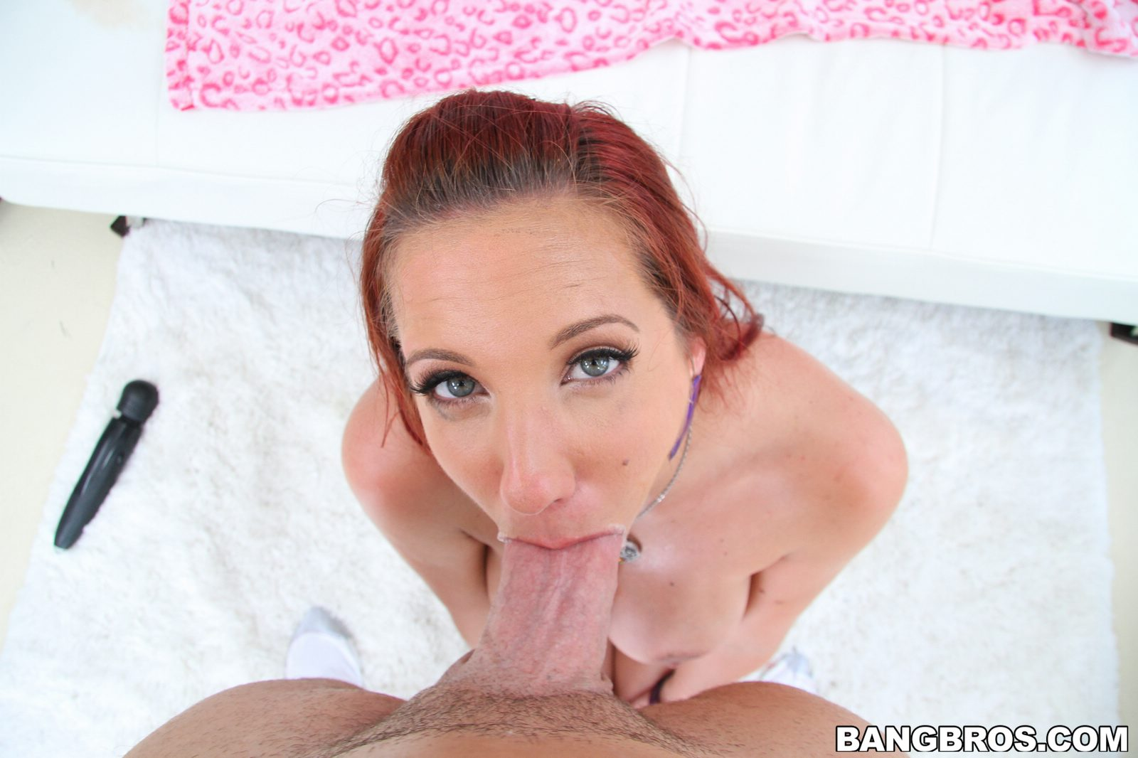 Kelly divine blowjob