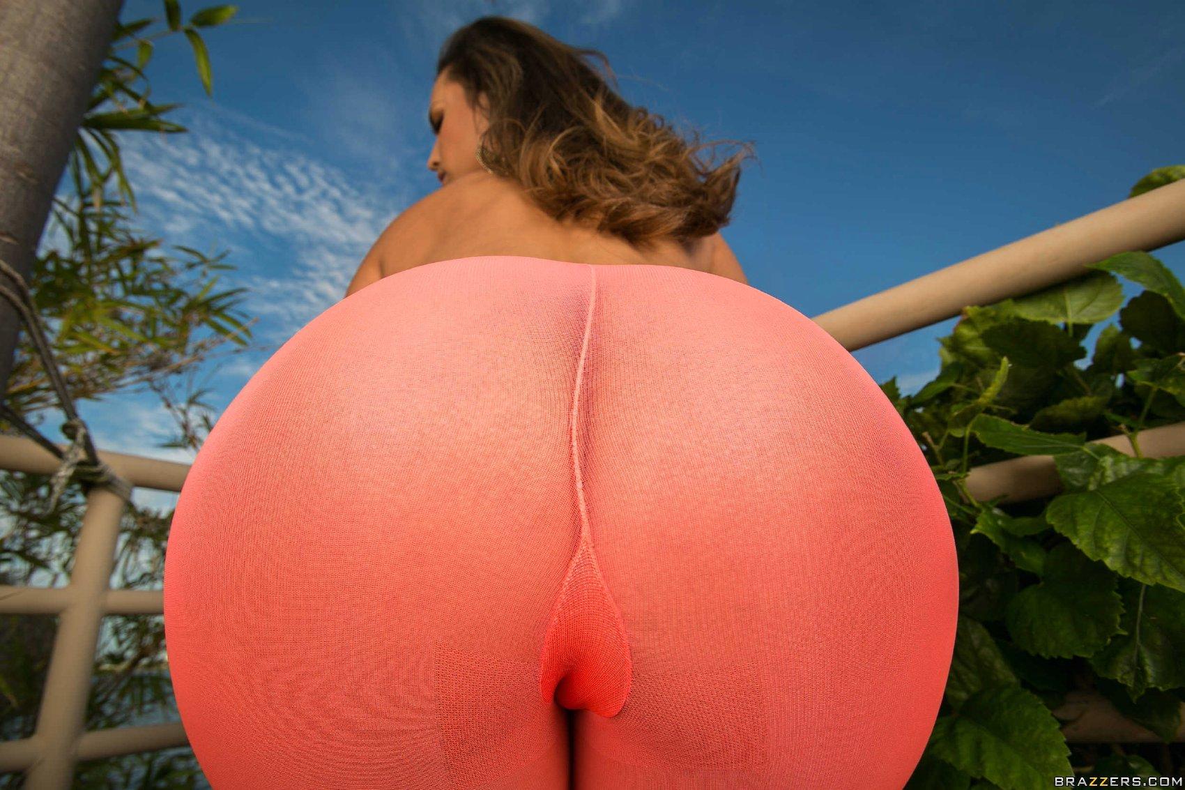 Hot thight butt kelsi monroe anal 7
