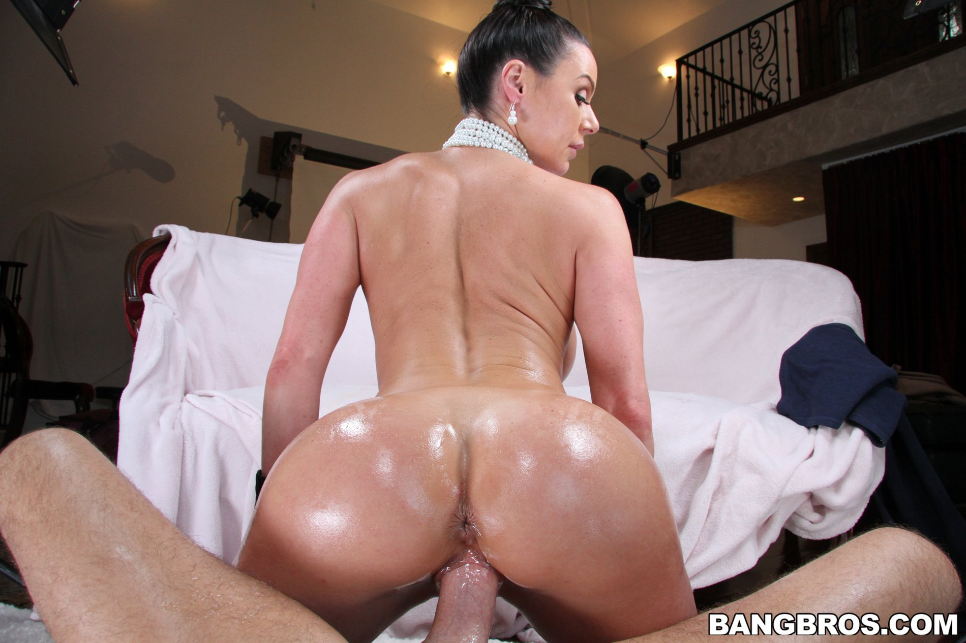 Free hairy pussy creampie videos