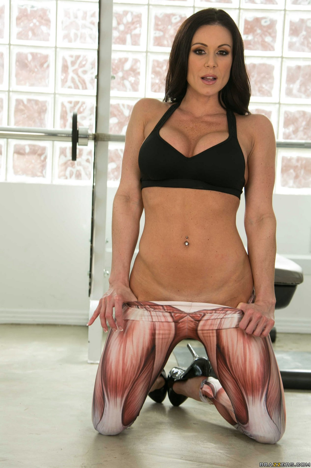 Hot busty brunette Kendra Lust shows off her athletic body ...
