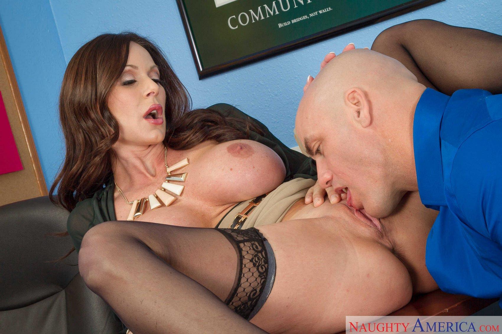 seducing women in the office