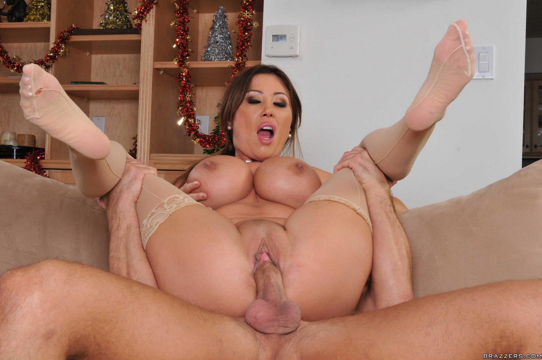 mom dancing porn tube