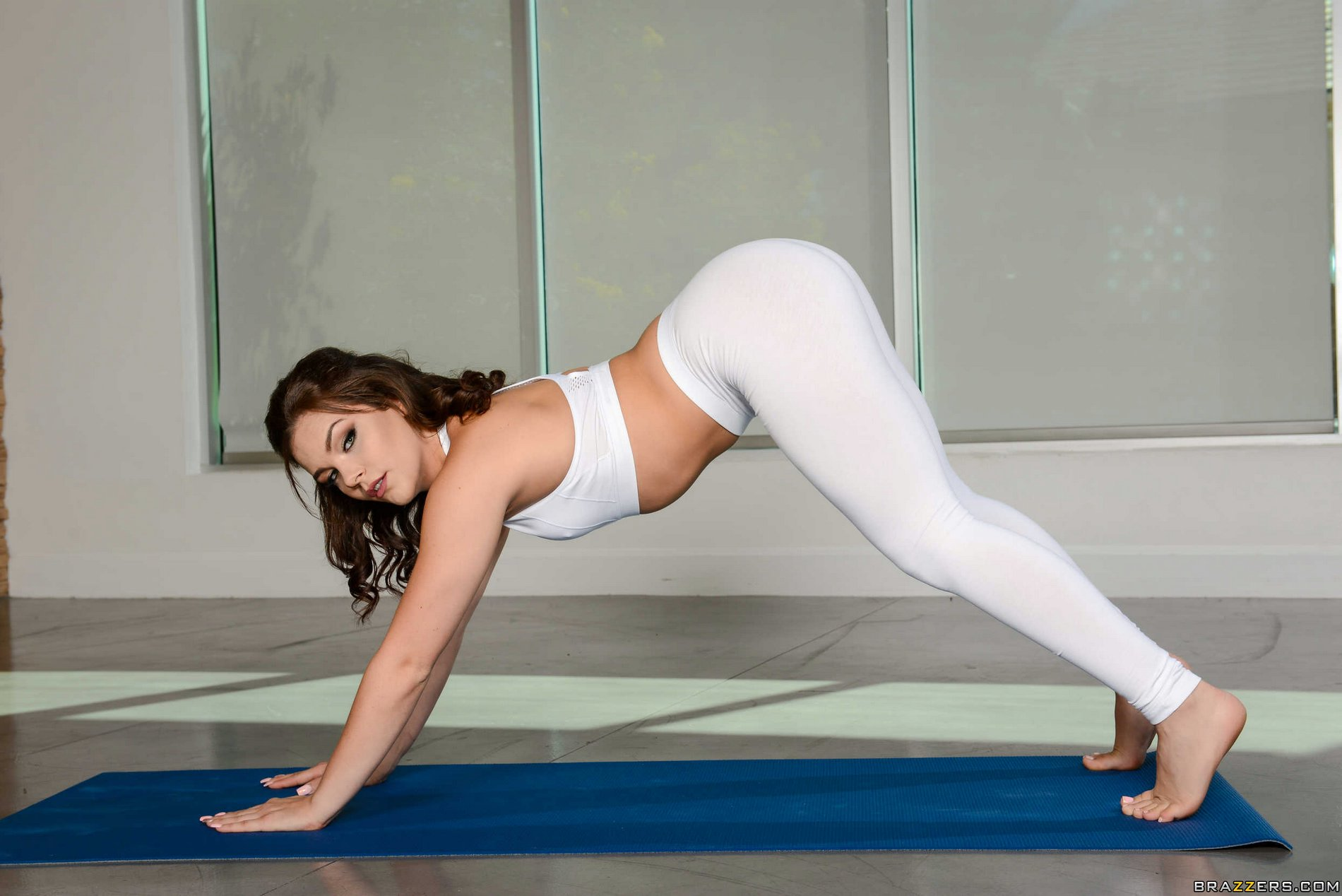 Solo Yoga Pants Masturbation