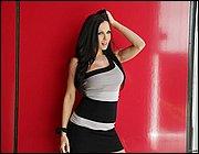 Brunette stunner with long hair Kirsten Price arranges a stripping show № 1021225  скачать