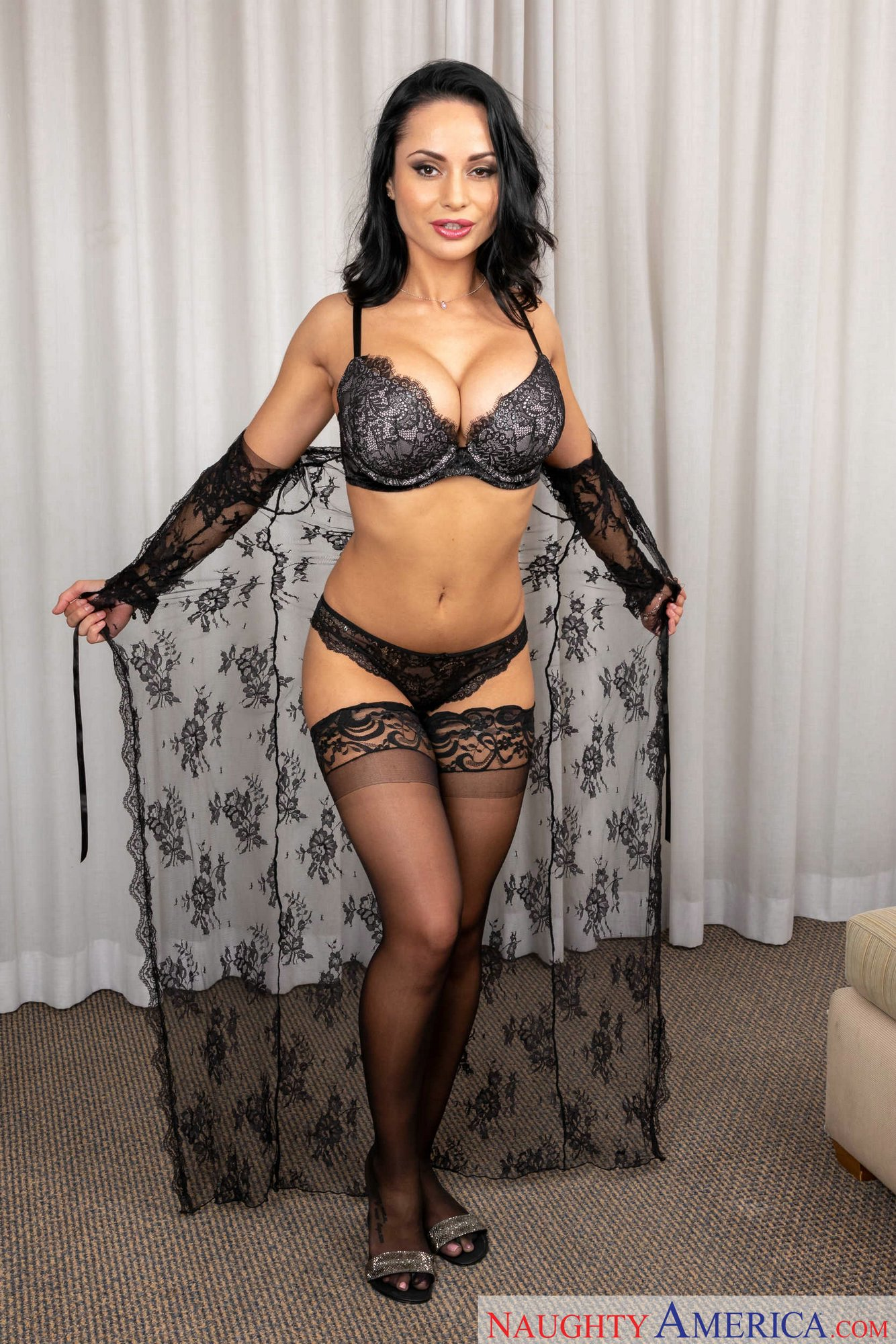 Kristall Rush In Sexy Black Lingerie And Stockings Loves -8207