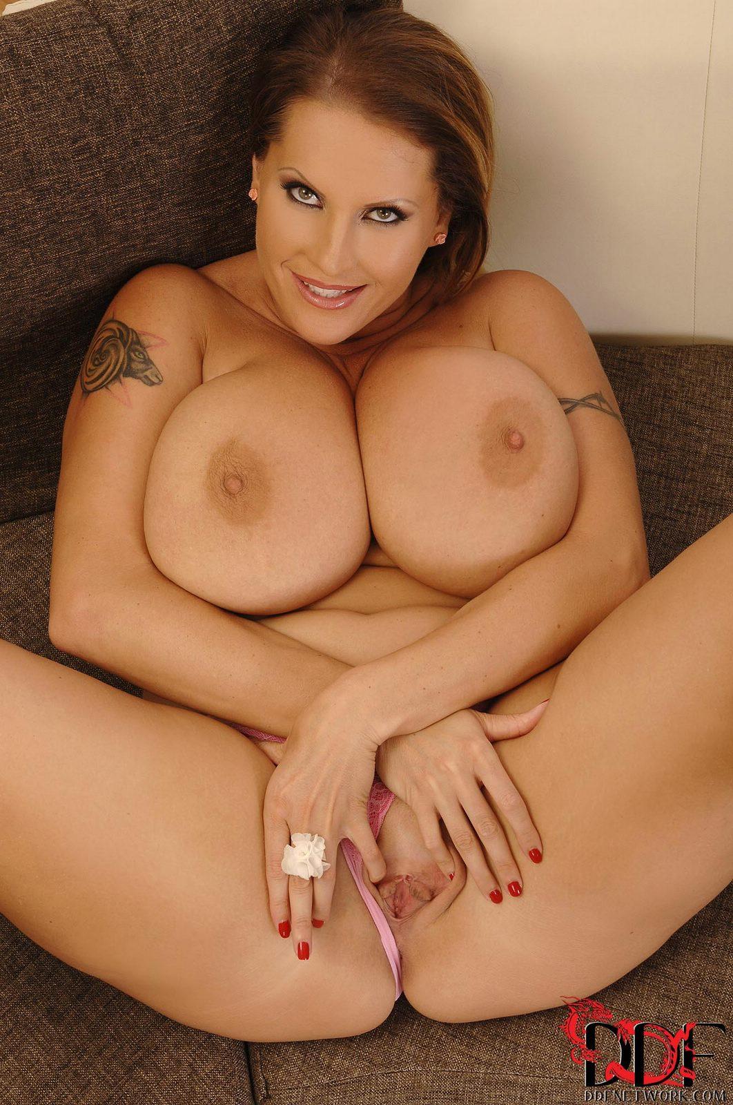 Anilos Laura Orsolya Iporn Big Tits Finger Yes Porn Pics Xxx
