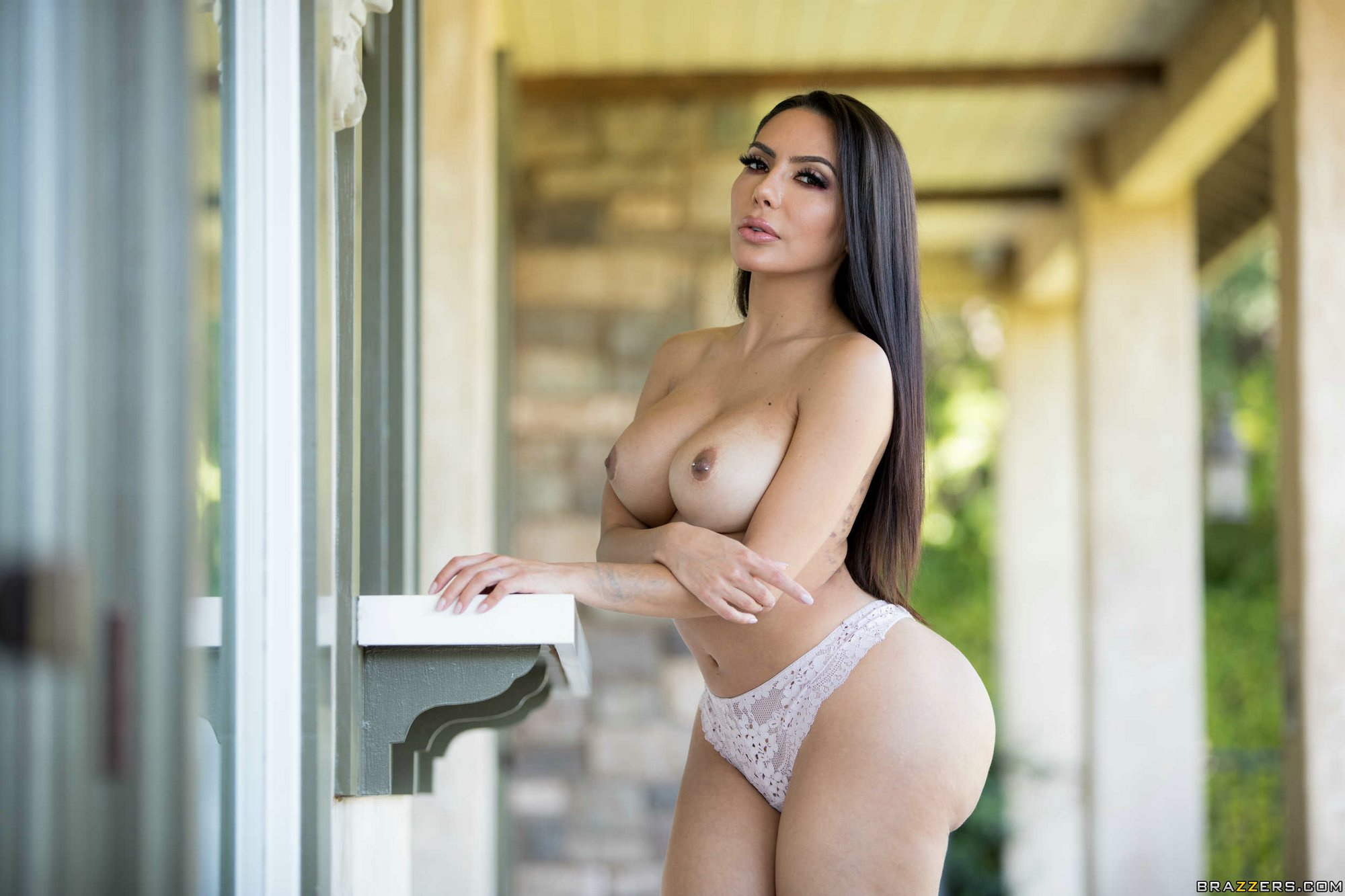 Lela Star Does A Striptease On The Staircase