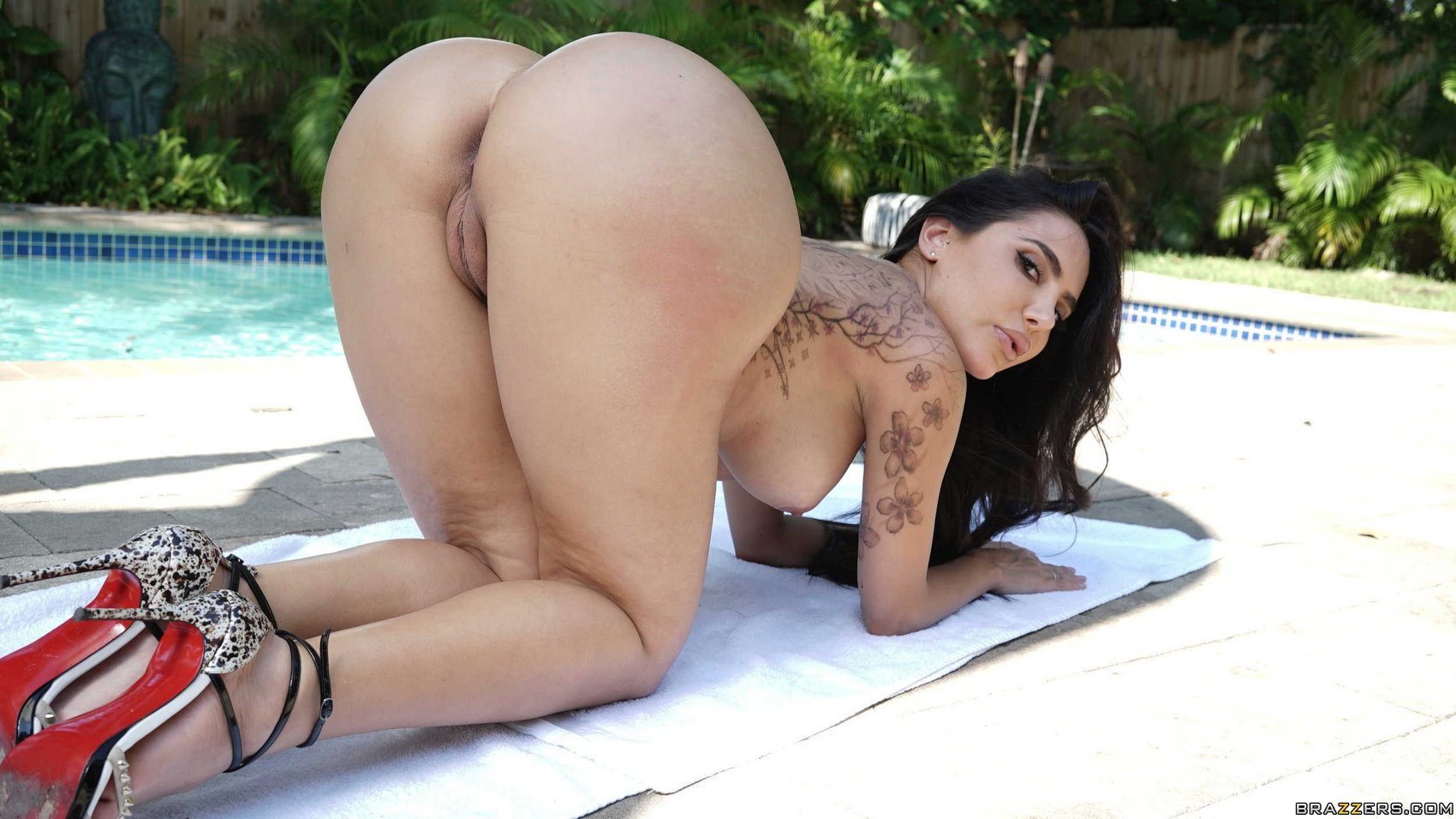 Lela Star Showing Off Her Hot Body And Sexy Big Ass - My -2958