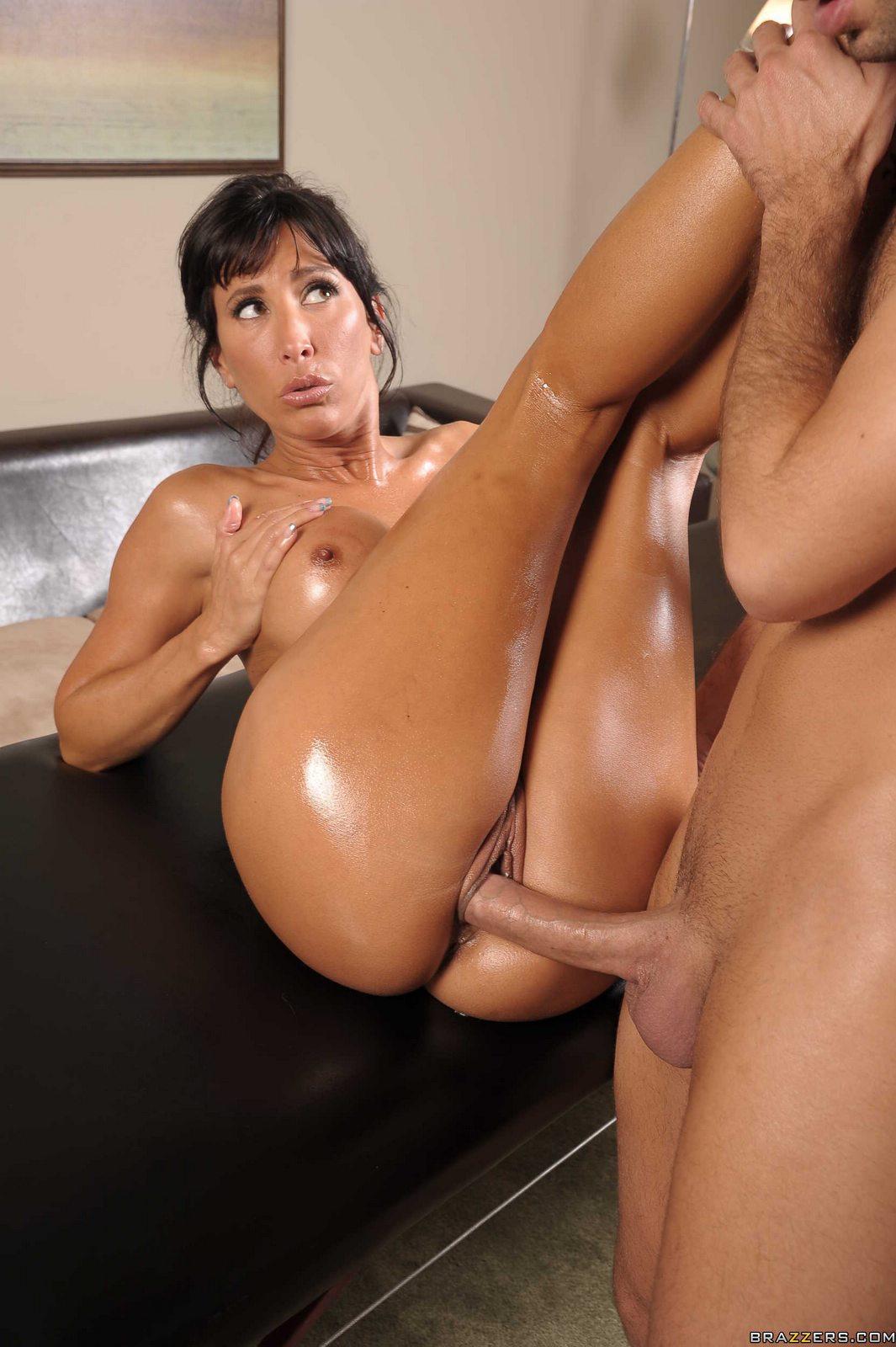 Sexy Oiled Milf Lezley Zen Enjoying Huge Cock In Her Pussy -2208