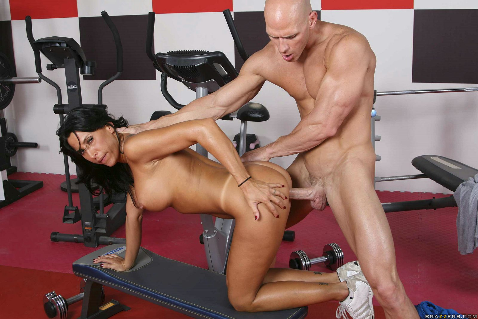 Bbw gets fucked by her trainer