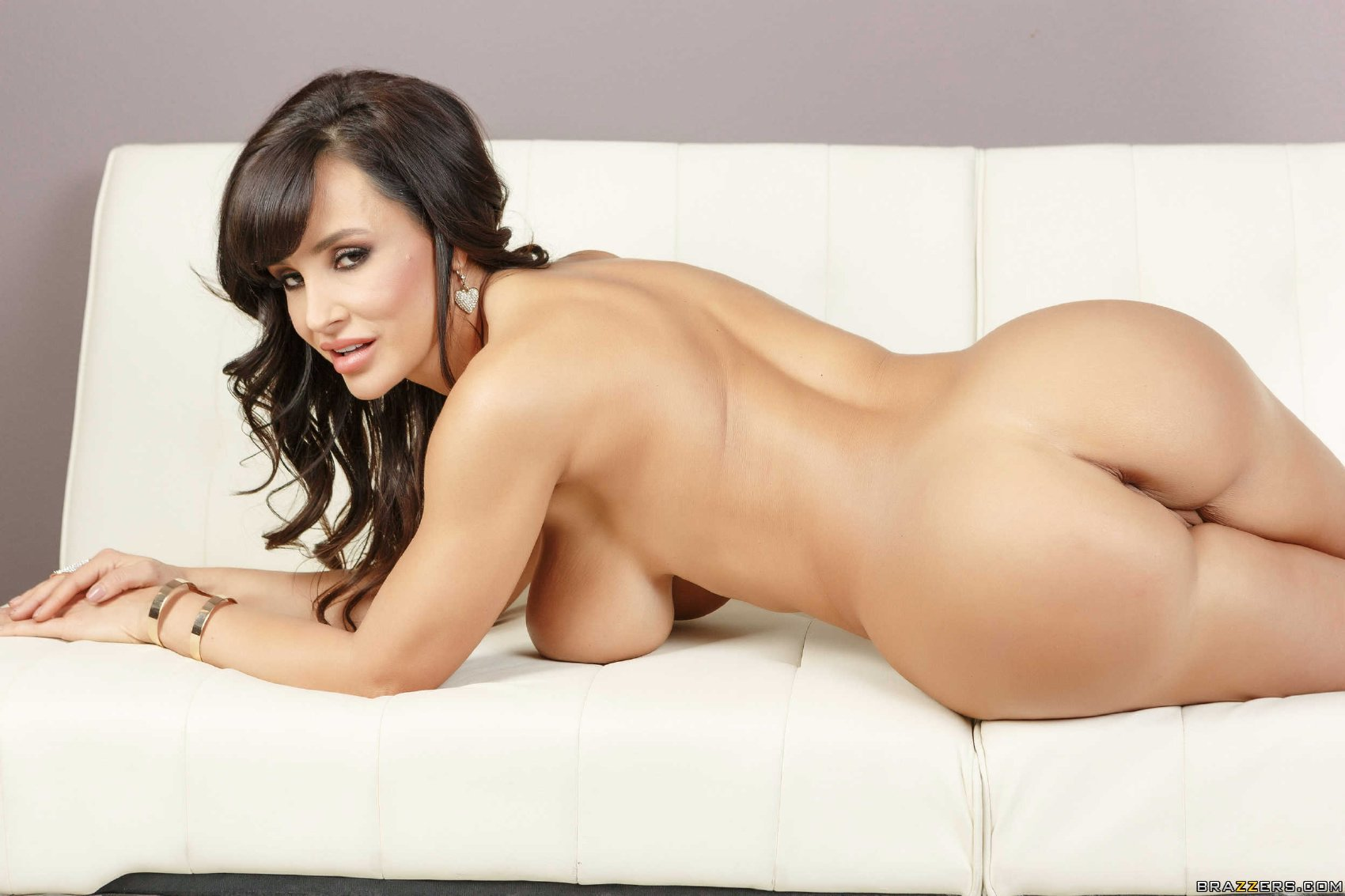 Lisa ann porn posing opinion