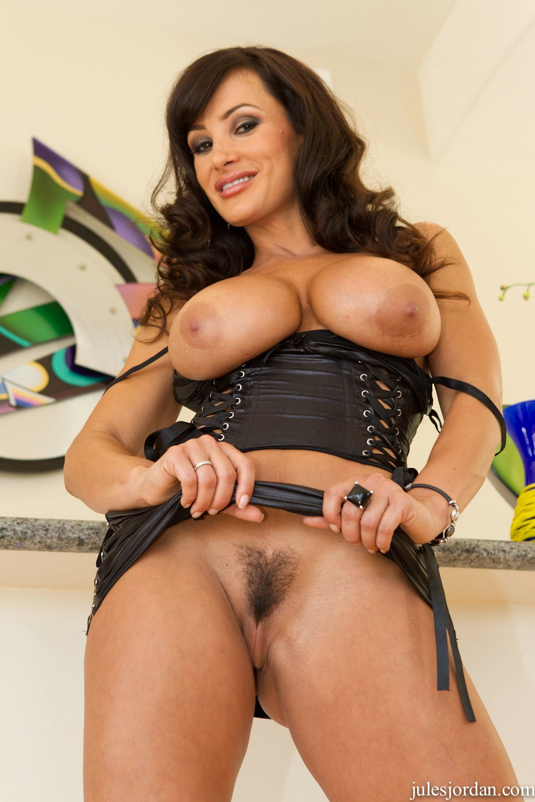 Lisa Ann In Sexy Corset Exposes Her Amazing Body My Pornstar Book