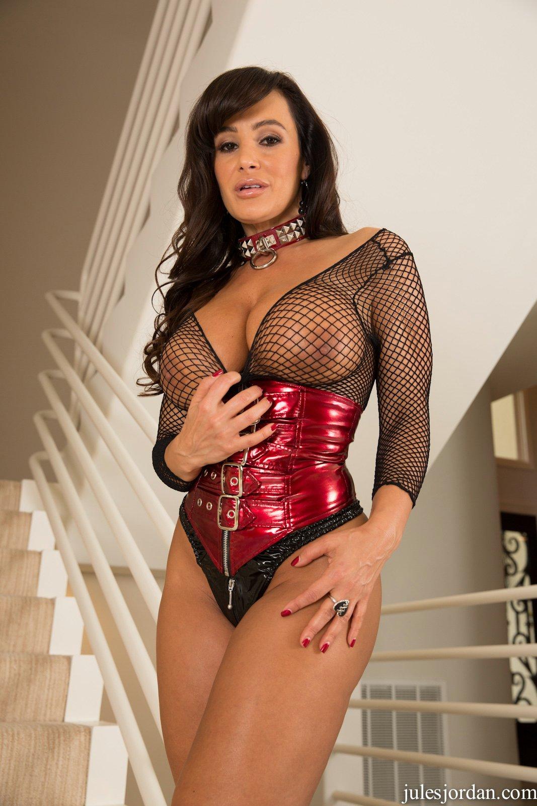 Lisa ann corset