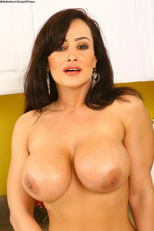 Lisa ann boobs