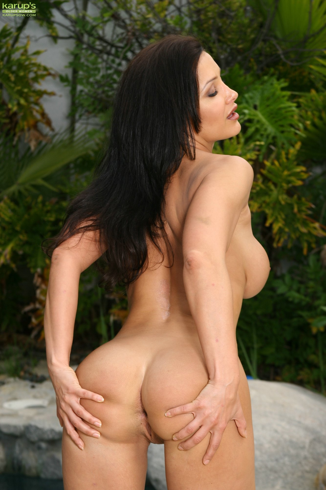 Lisa ann outdoor