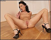 Branch the huge dildo high heel sex from