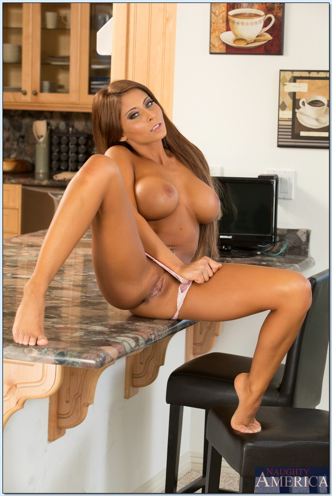 Beautiful Madison Ivy Getting Fucked In Pov