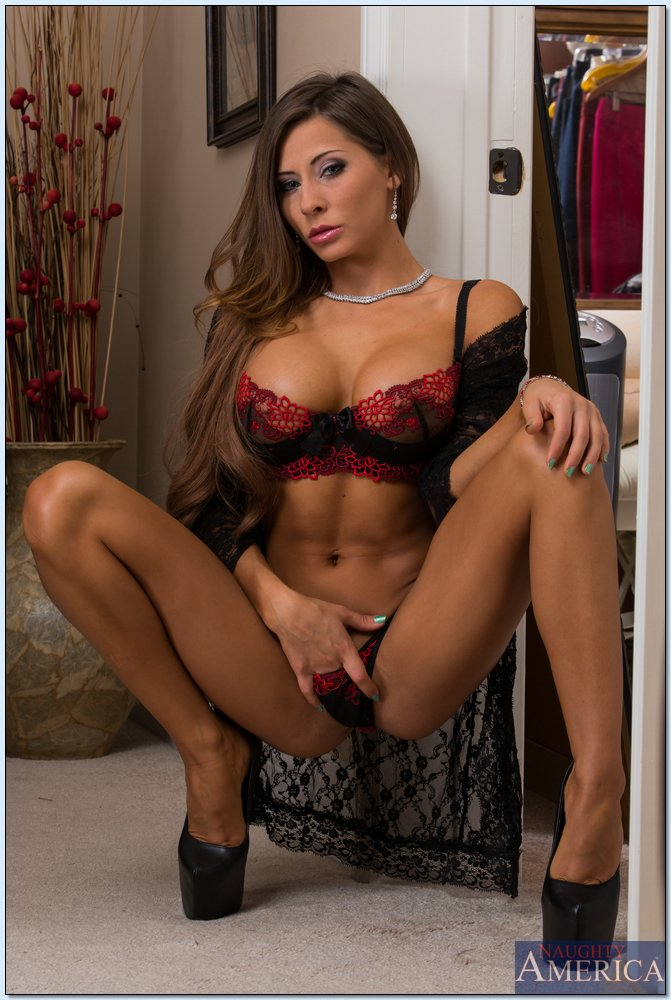 Madison Ivy In Sexy Lingerie Takes Huge Dick In Her Pussy -4805