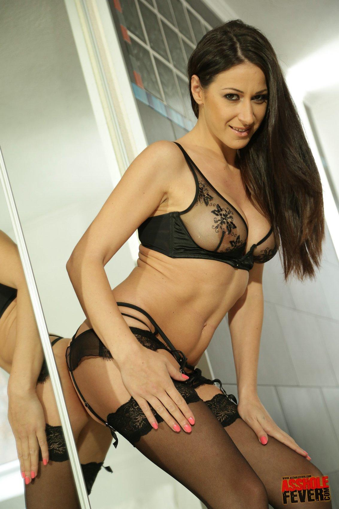 Martina Gold Porn