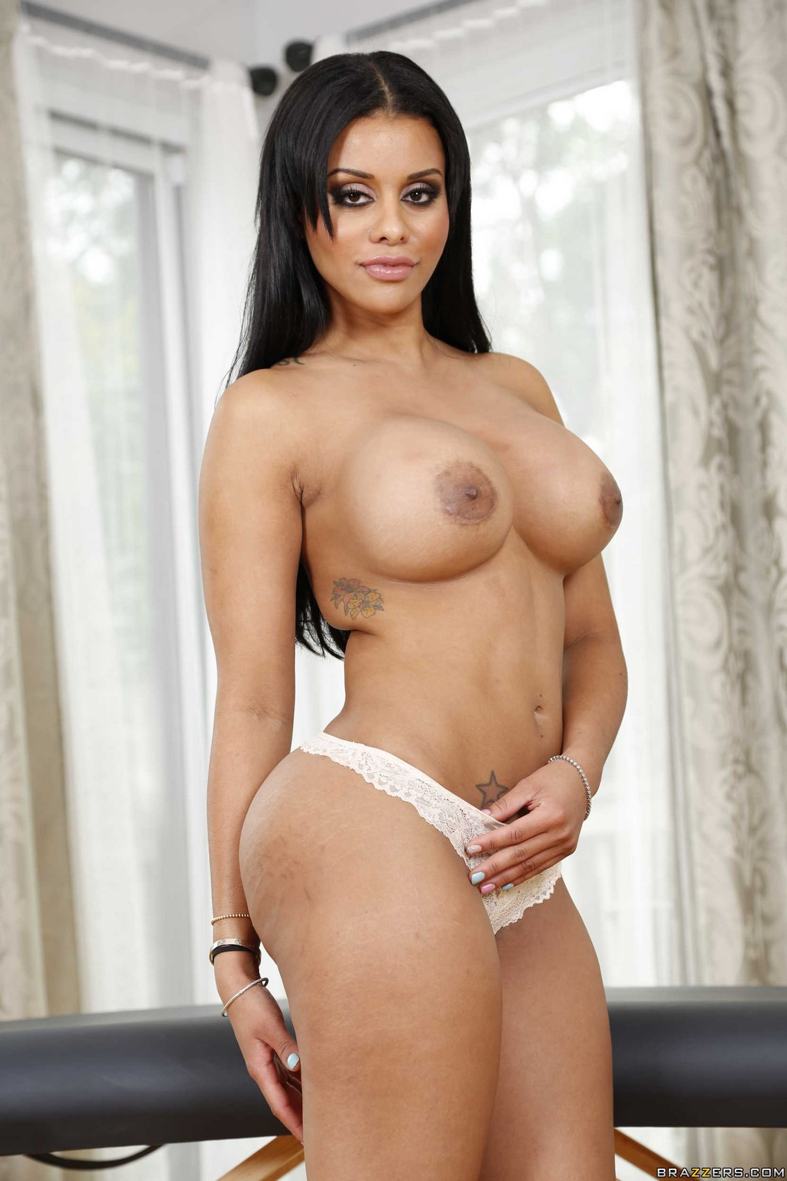 Mary Jean Posing Naked In Front Of The Camera - My Pornstar Book-1473