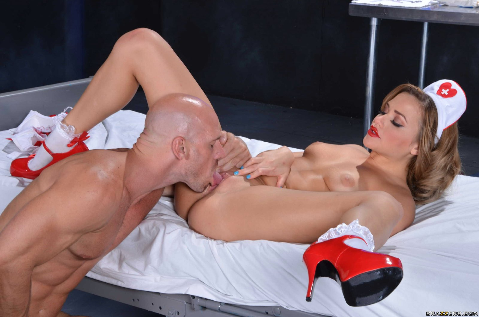 Hot blonde riding the best she can 4