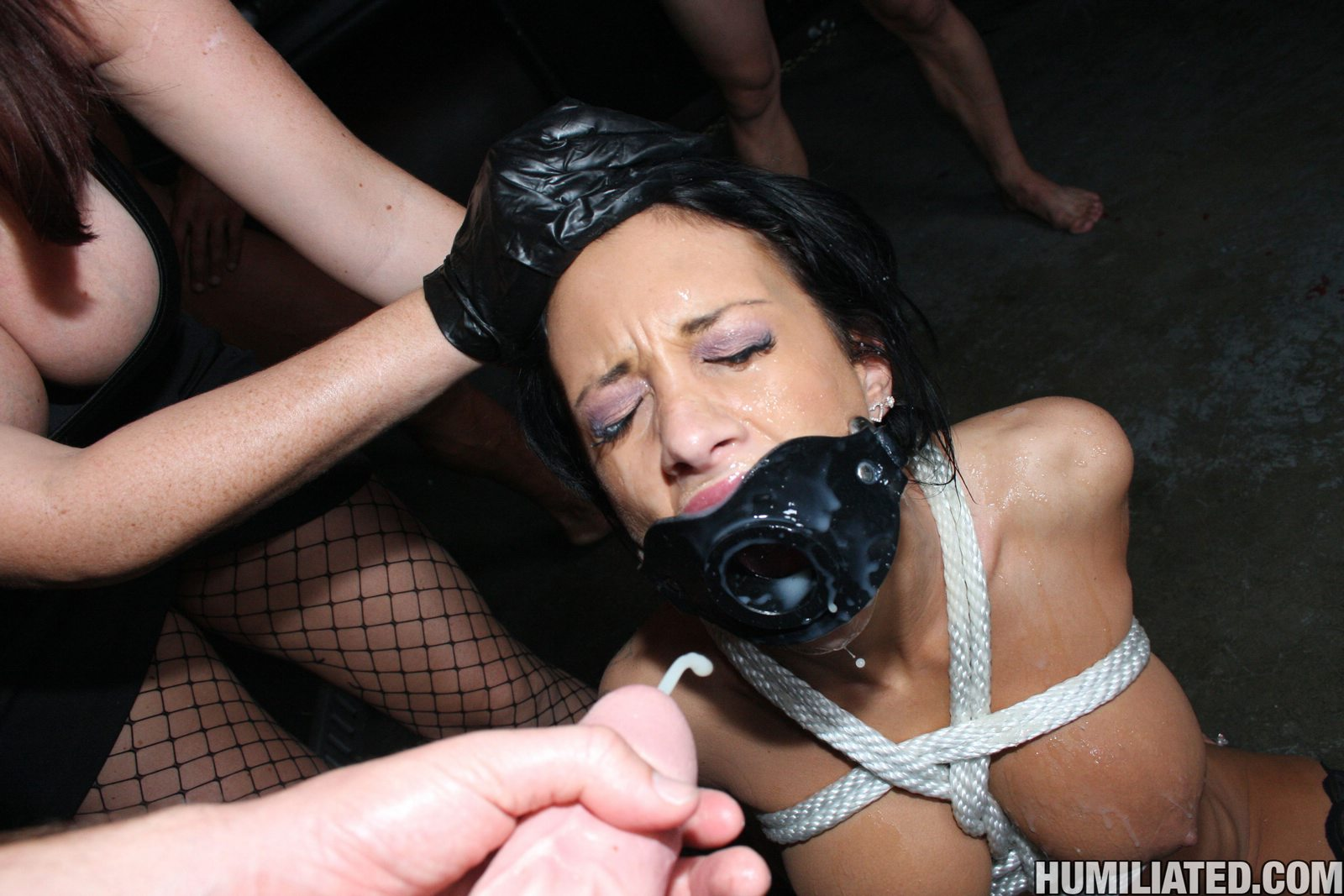 Mya nicole gets dpd in her hot holes