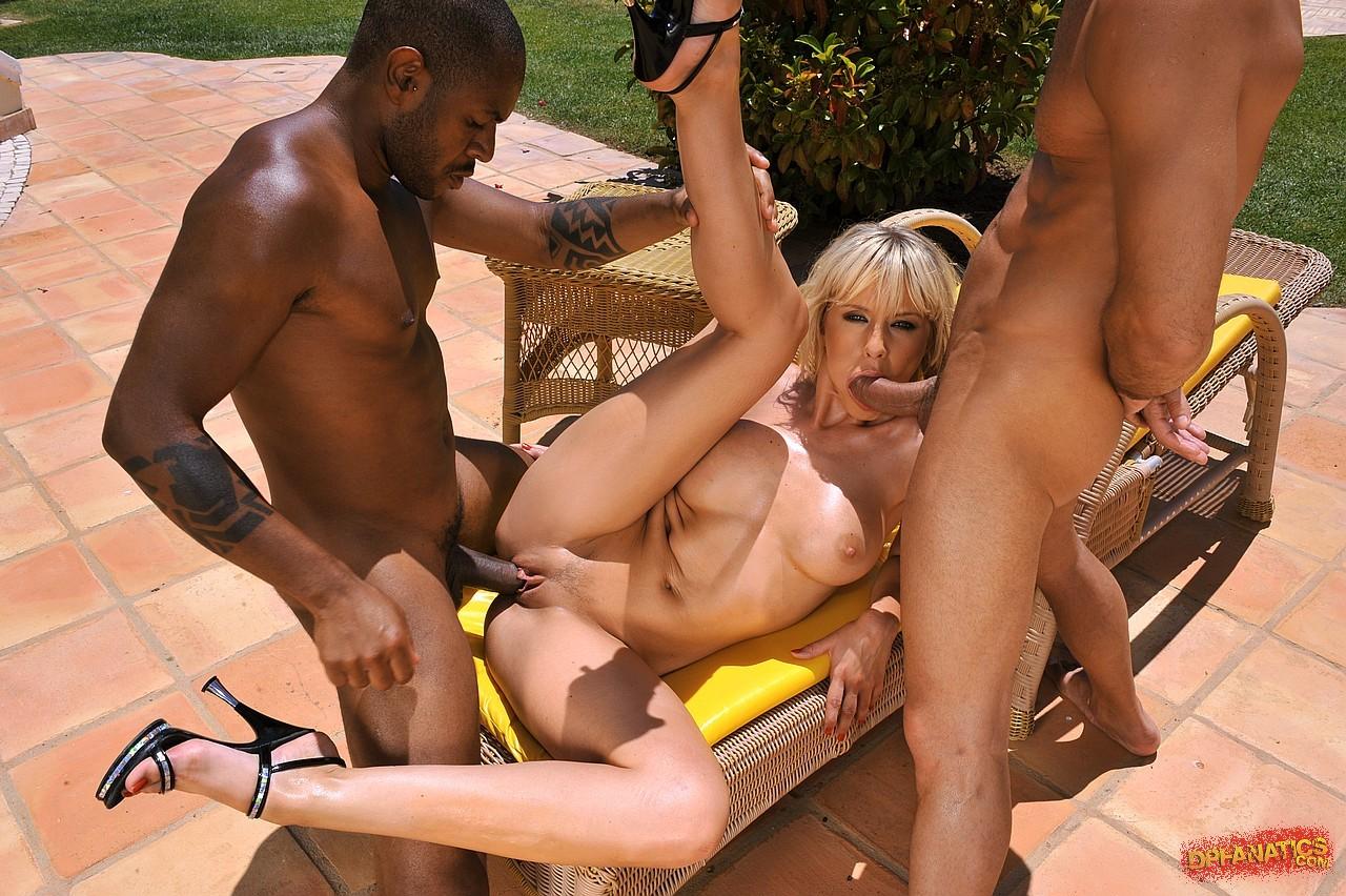 Shaed pussy mature blonde