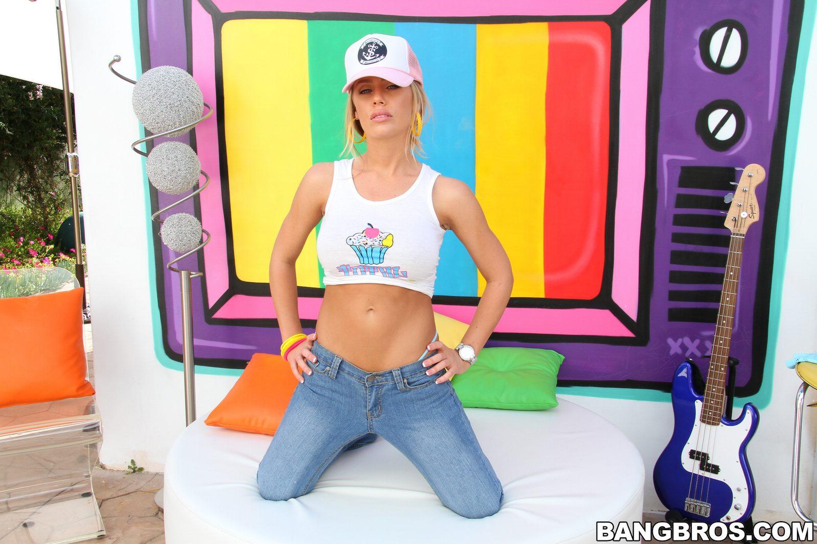 mypornstarbook net pornstars n nicole aniston gallery10 01