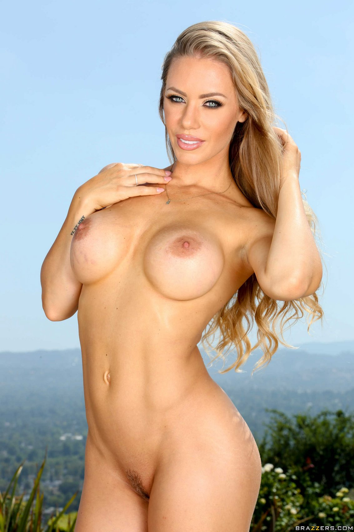 Reserve Female porn star nicole aniston variant