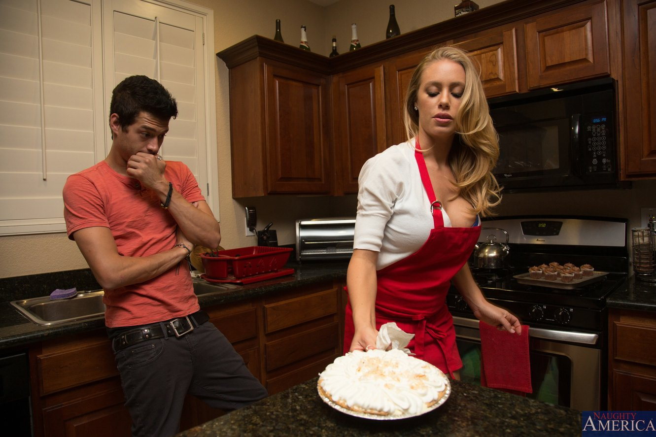 Naughty wife Nicole Aniston has her hungry cunt stuffed and creamed № 1568855 без смс