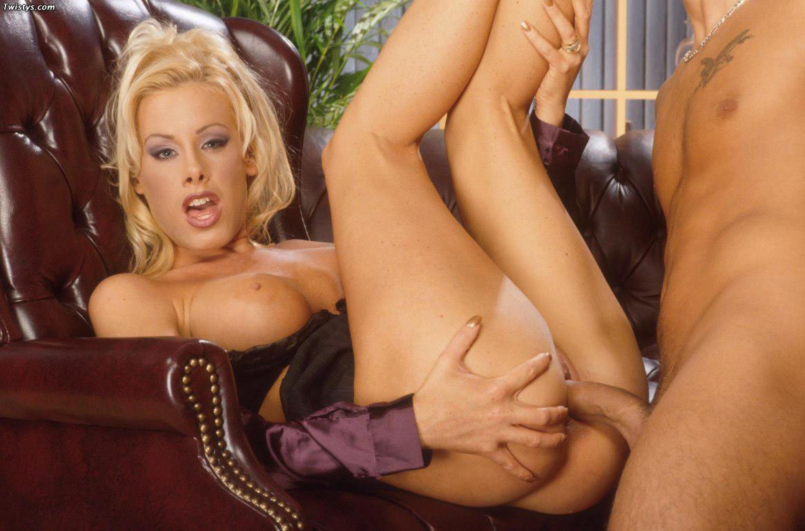 Nicole Sheridan Bikini Fuck Tnaflix Porn Pics