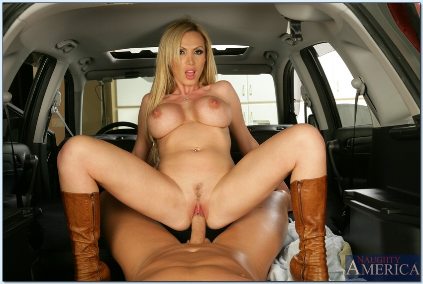 Naked pornstars in cars photos