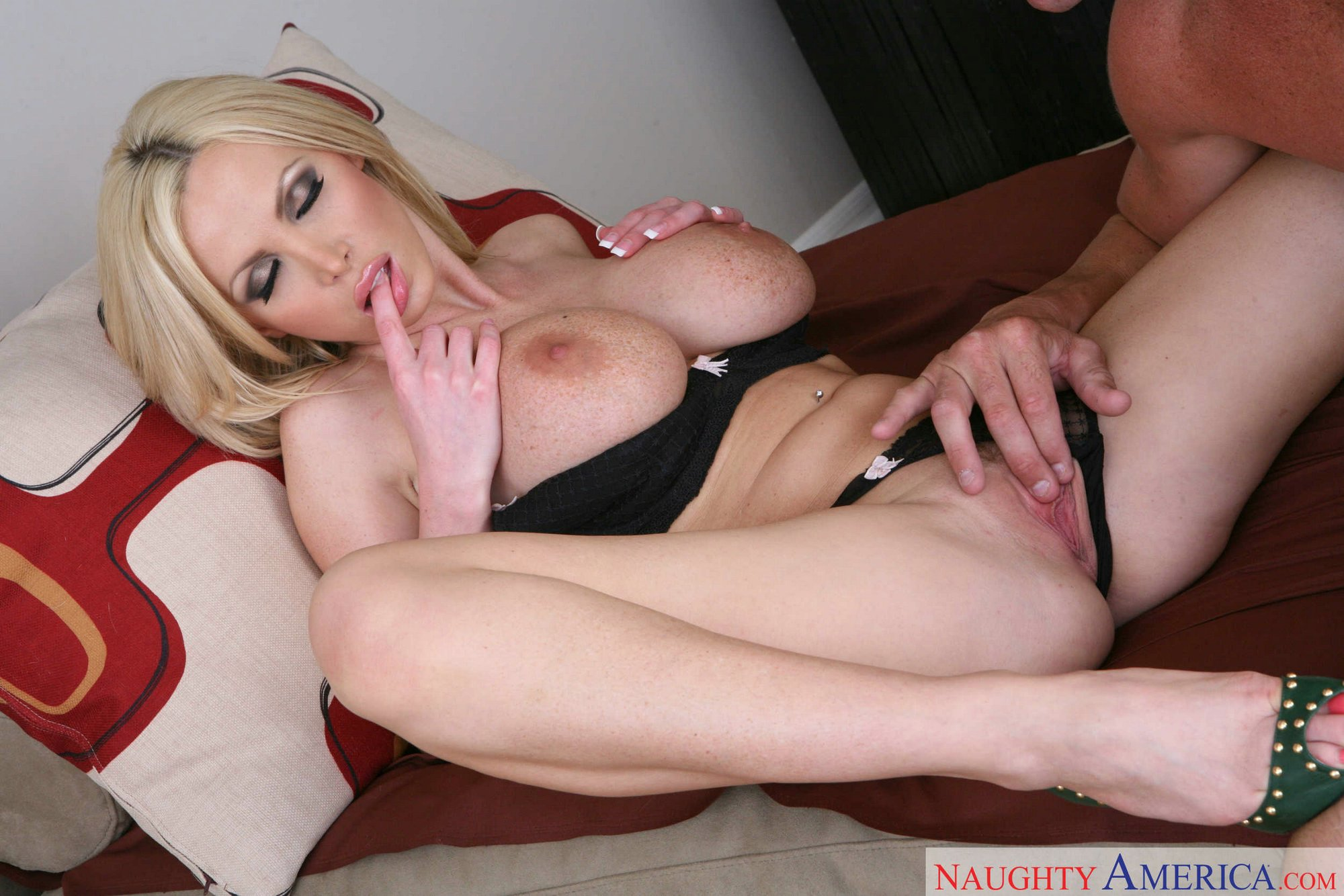 mother teaching daughter nude