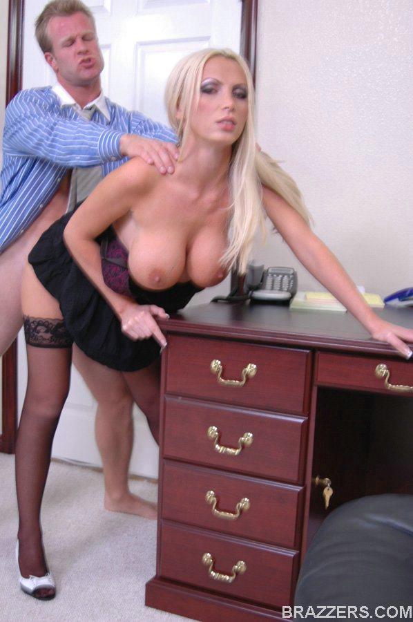 Gorgeous Office Slut Nikki Benz Fucks Richie Black On The Table