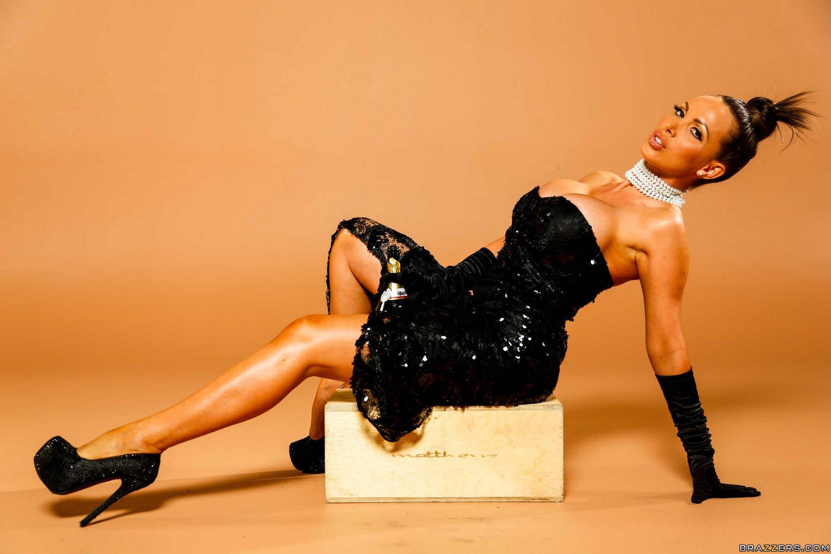 Nikki Benz As Kim Kardashian Porno Videos