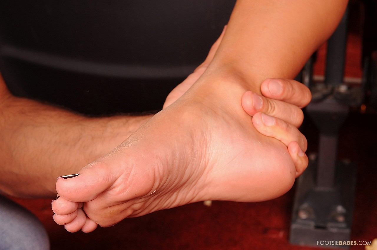 Nikky Blond Enjoying Hot Foot Fetish Sex In Cinema - My -1074