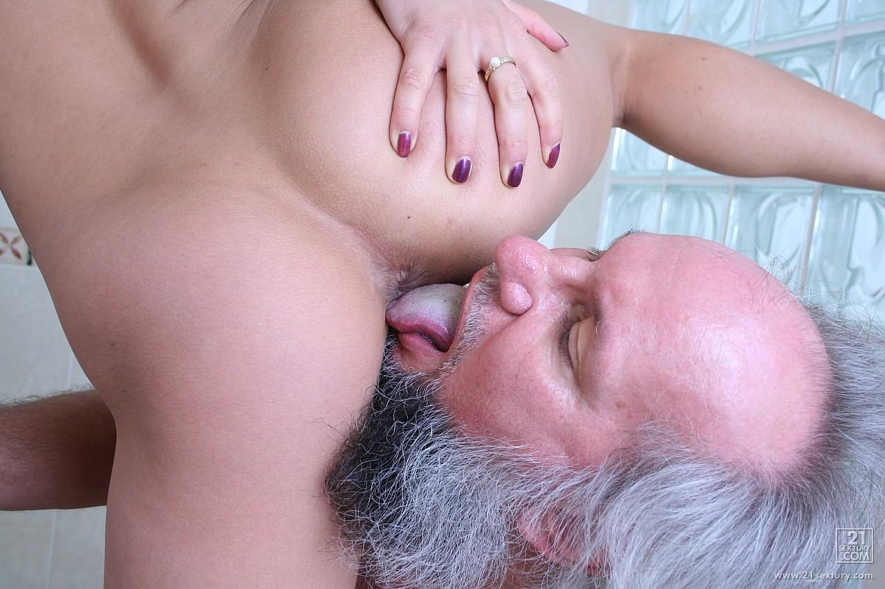 Mother voyeur sex