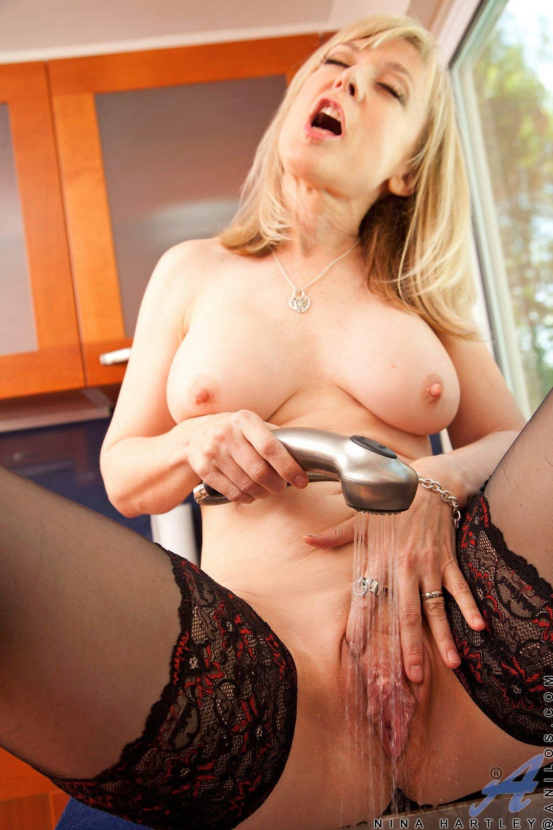 Porn Nina Hartley